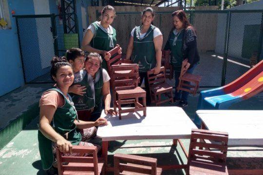 internos de varela hicieron muebles para un jardin de infantes que se incendio en la matanza