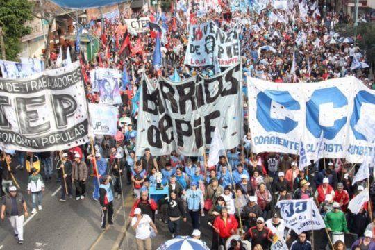 con reclamos al gobierno por ?pan y trabajo?, comenzo la marcha federal de movimientos sociales
