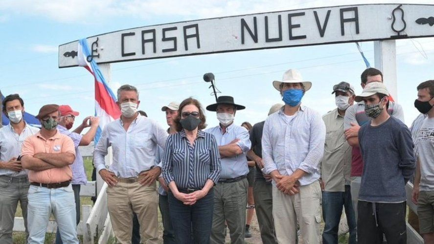 La justicia ordenó desalojar a Dolores Echevehere y a los integrantes del Proyecto Artigas