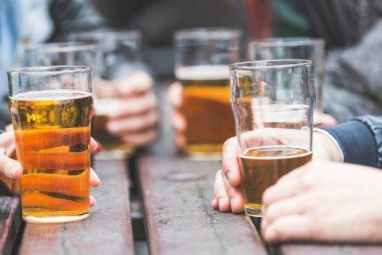 adolescentes y consumo de alcohol: sedronar se suma a las recomendaciones por el ultimo primer dia
