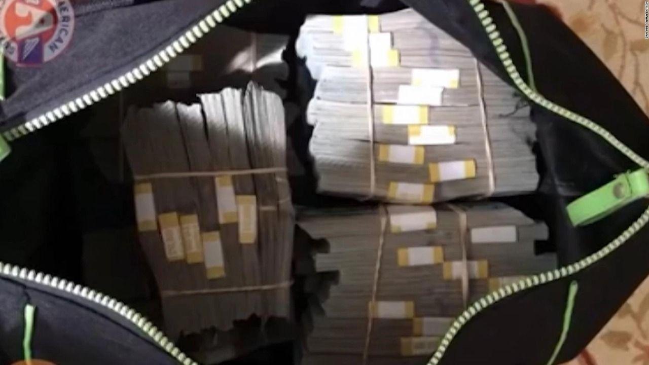 Cuatro ladrones robaron casi medio millón de pesos en un golpe comando