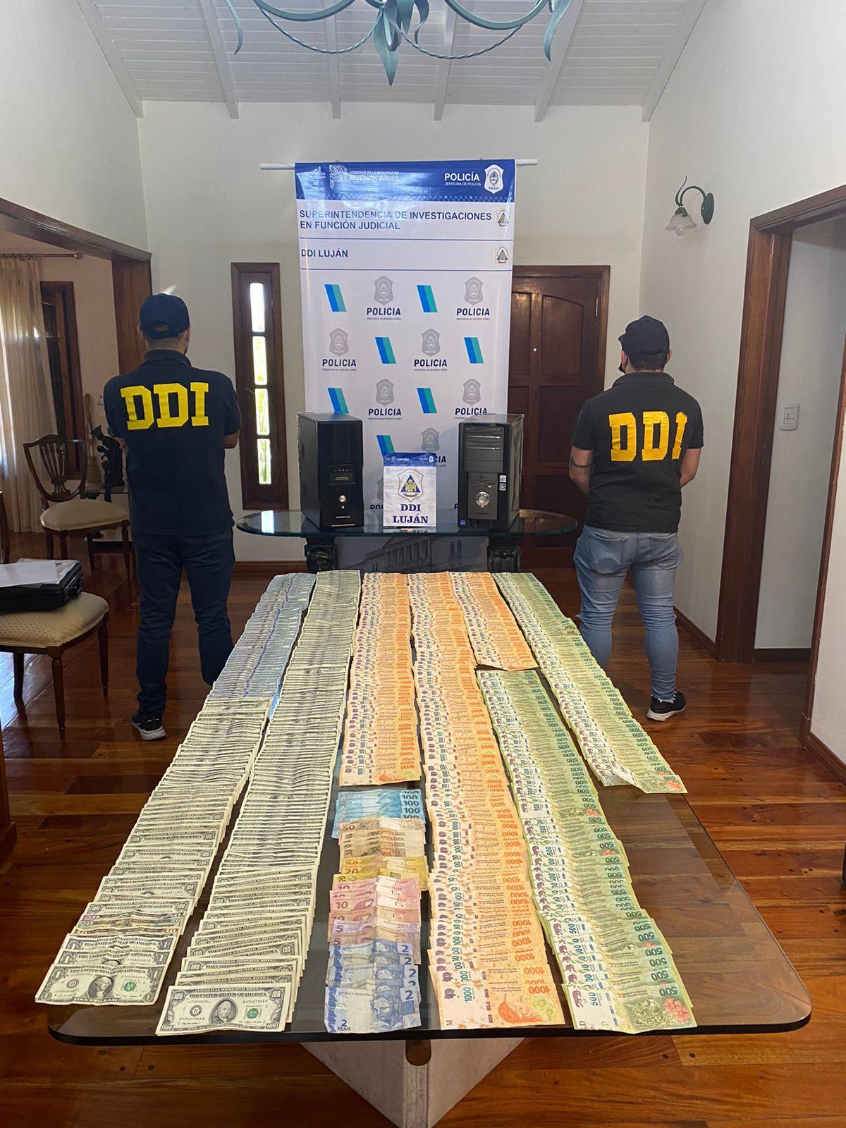 lujan: dos detenidos tras allanamientos en casas de cambio clandestinas