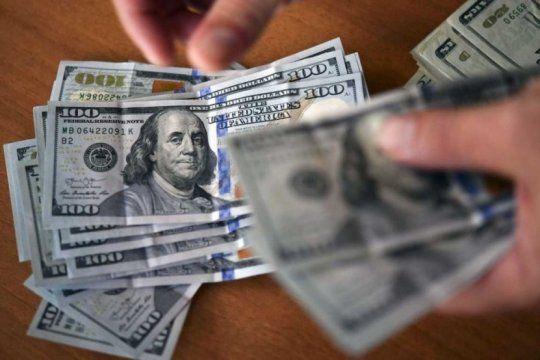 las compras en dolares hechas antes de la sancion de la ley no pagaran el 30%
