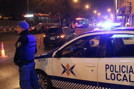 El ladrón recibió un disparo en el pecho por parte de un cómplice y murió