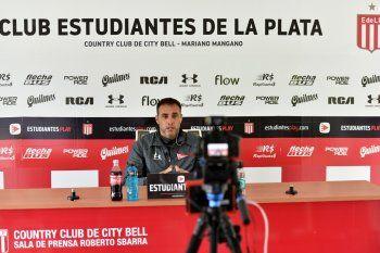 Leandro Desábato en conferencia de prensa