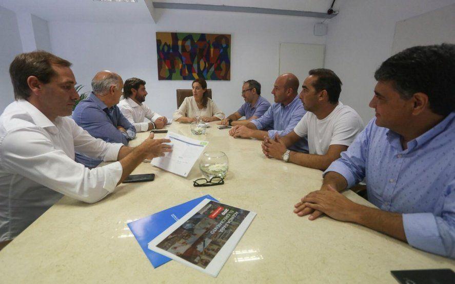 Garro mostró a Vidal un informe sobre la ejecución del Fondo Educativo en La Plata
