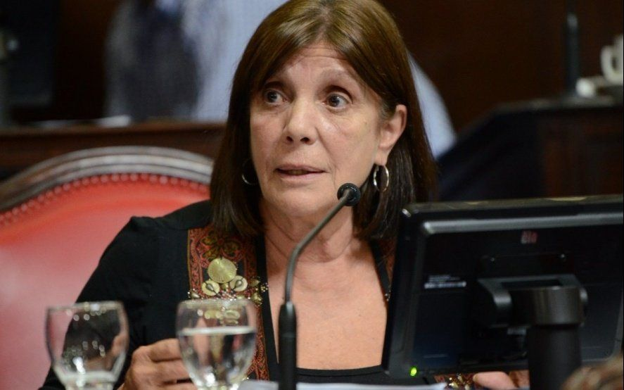 Teresa García advirtió que el gobierno de Vidal sigue sin informar el gasto de 2018