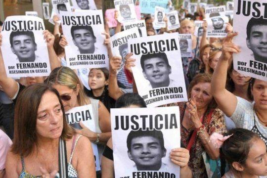 el crimen de fernando: convocan a una marcha frente al congreso para cuando se cumpla el mes del ataque