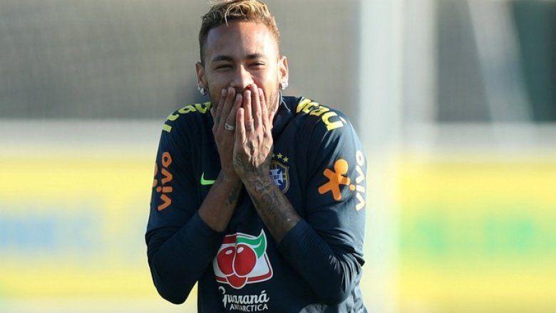 Las desopilantes respuestas que recibió la cuenta de Argentina tras la derrota con Brasil