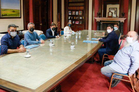 En la Gobernación, Kicillof recibió al ministro Daniel Arroyo, y firmaron un convenio para potenciar la economía popular en la provincia