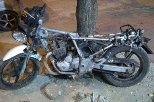 mar del plata: balearon a la hermana de un automovilista profugo que mato a un motociclista en un accidente