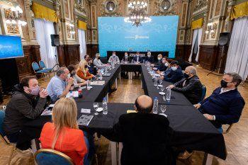Axel Kicillof recibió a intendentes de la Tercera sección en Casa de Gobierno tras la derrota en las elecciones.