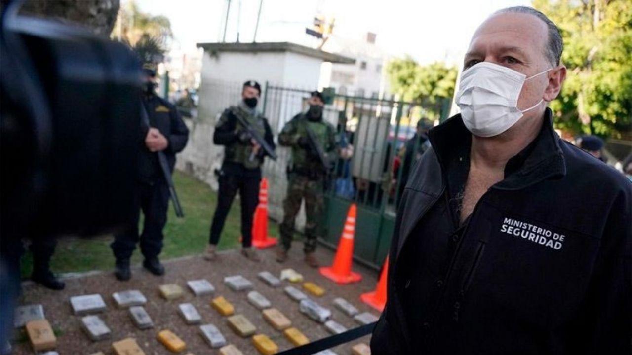 El ministro de Seguridad, Sergio Berni, encabezó el anuncio del operativo