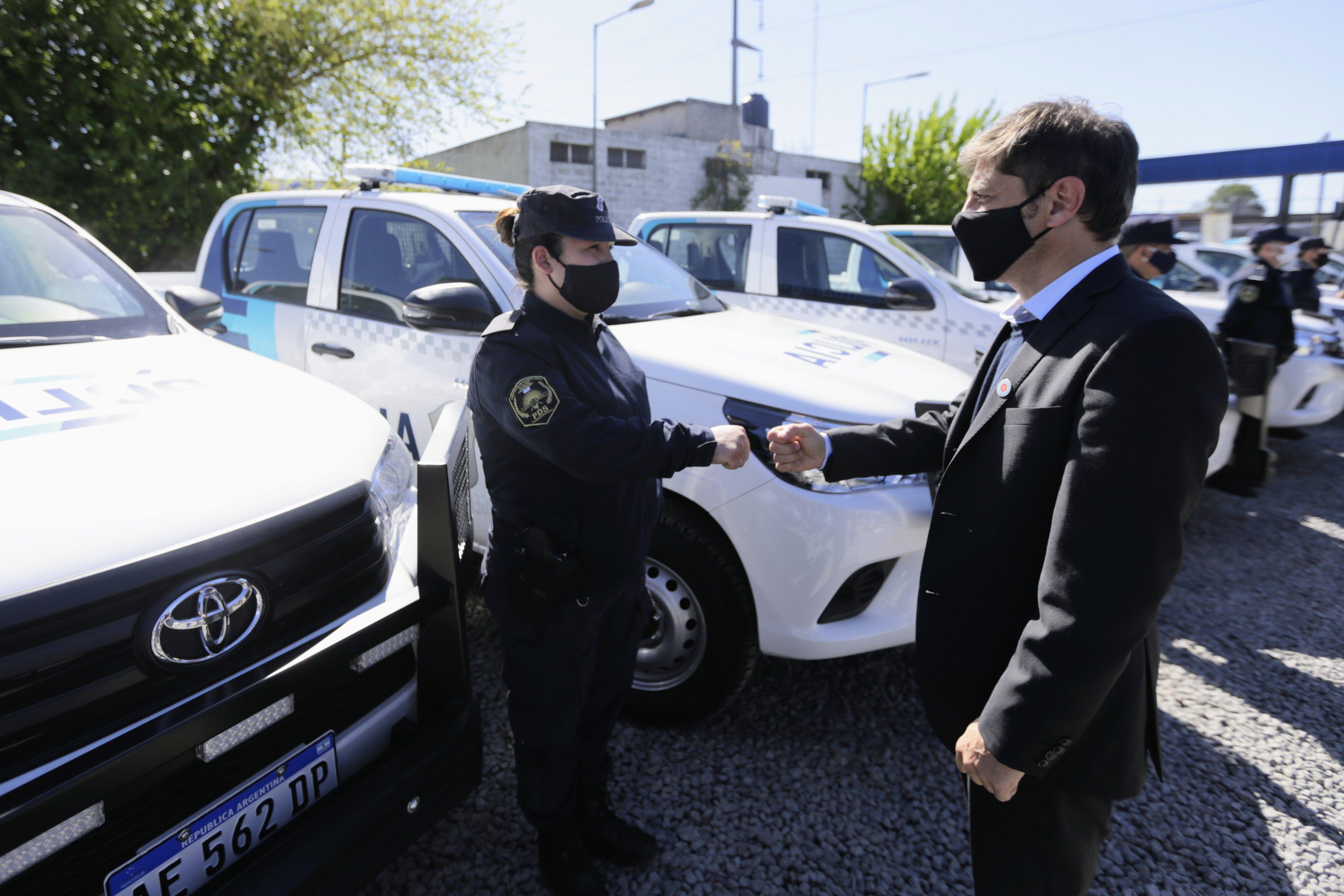 axel kicillof anuncio un aumento salarial para la policia bonaerense