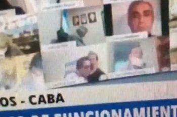 El diputado Juan Ameri fue suspendido por realizar un acto sexual en plena sesión.
