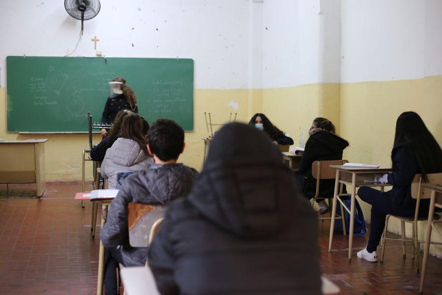 Las escuelas secundarias no tendrán clase este martes en la provincia de Buenos Aires