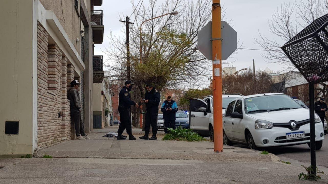 La virulenta agresión fue en Mitre y Santiago del Estero de Bahía Blanca