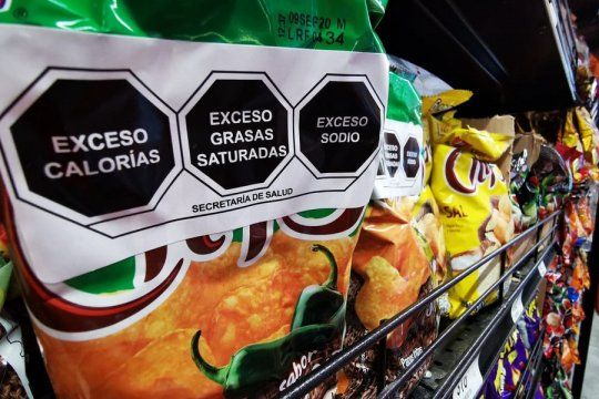 El proyecto de etiquetado frontal de alimentos fue aprobado en el Senado