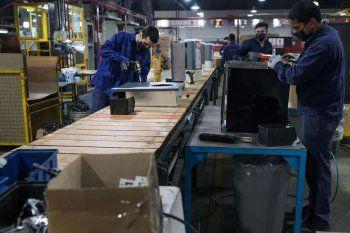 Casi el 70% de las empresas sufrió una caída de sus ventas