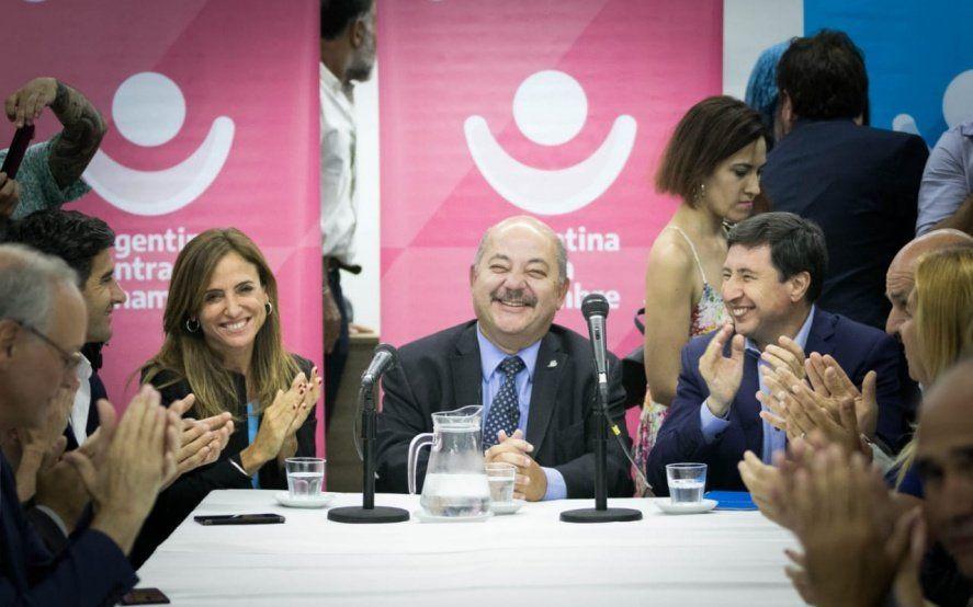 Arroyo y Victoria Tolosa Paz sumaron seis municipios más en el programa Argentina contra el Hambre