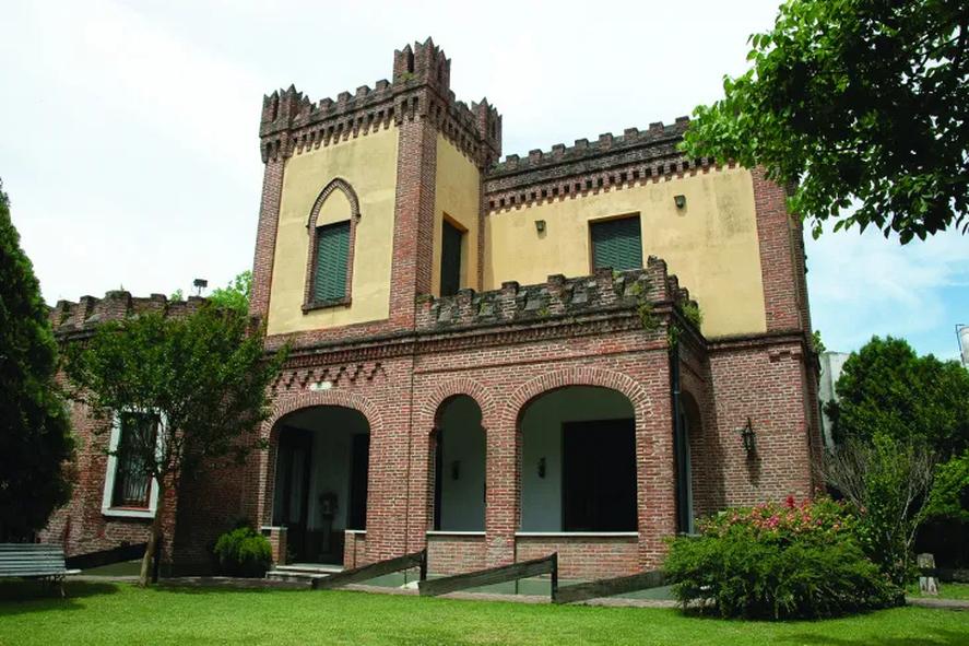El Castelforte, Adrogué, Almirante Brown