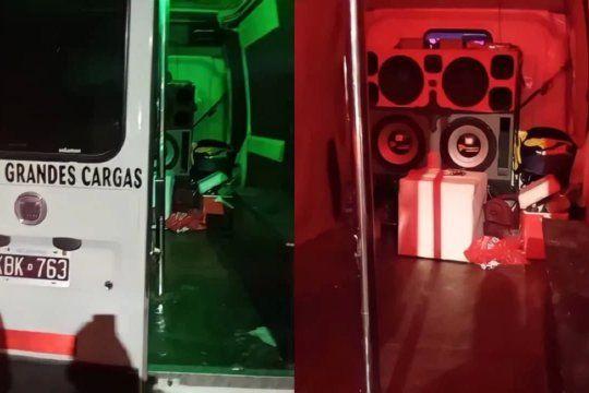 bahia blanca: fiesta clandestina en una camioneta con musica, luces y hasta un cano para bailar