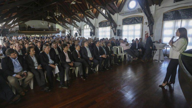 Gabinete Ampliado: ministros y legisladores se encolumnaron atrás del Presupuesto de Vidal