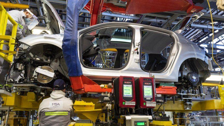 La producción nacional de autos es mayor a la de prepandemia