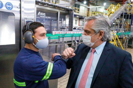 Alberto Fernández anunció una inversión de $4.500 millones en la cervecera CCU