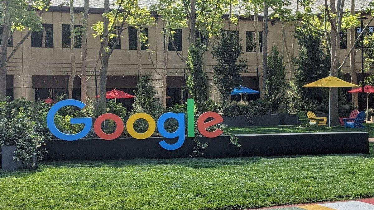 ¡Google está de festejo! Su buscador cumple 23 años en línea.
