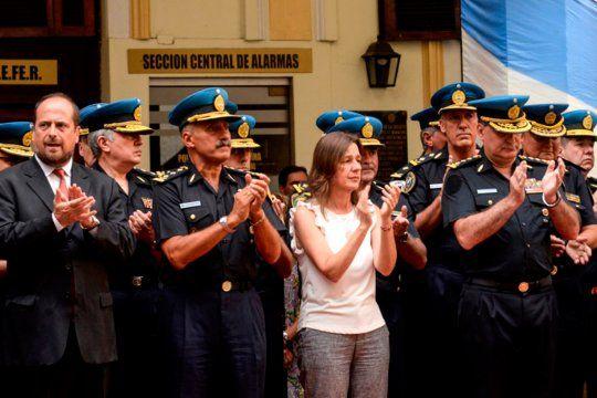 Ministra de Seguridad de la Nación, Sabina Frederic, dispuso un incremento salarial del 25% para el personal integrante de las Fuerzas Policiales y de Seguridad Federales