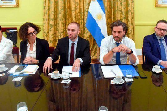 Martín Guzmán y Mercedes Marcó Del Pont trabajan en la reforma tributaria.