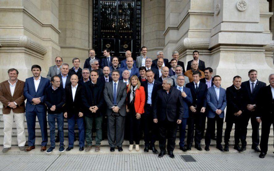 Municipios bonaerenses defendieron el derecho a fijar tasas ante la Corte Suprema