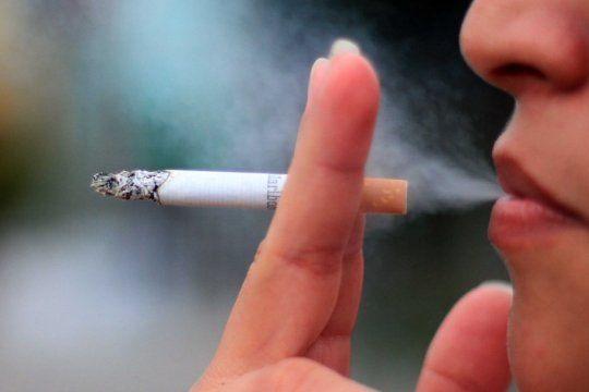tabaquismo en la argentina: hay 1,8 millones de fumadores mas que hace dos anos