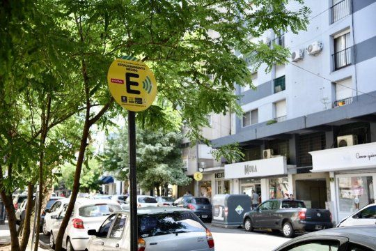 la plata: se suspende el cobro del estacionamiento medido