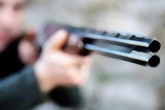 La escopeta fue incautada pero el docente no fue detenido