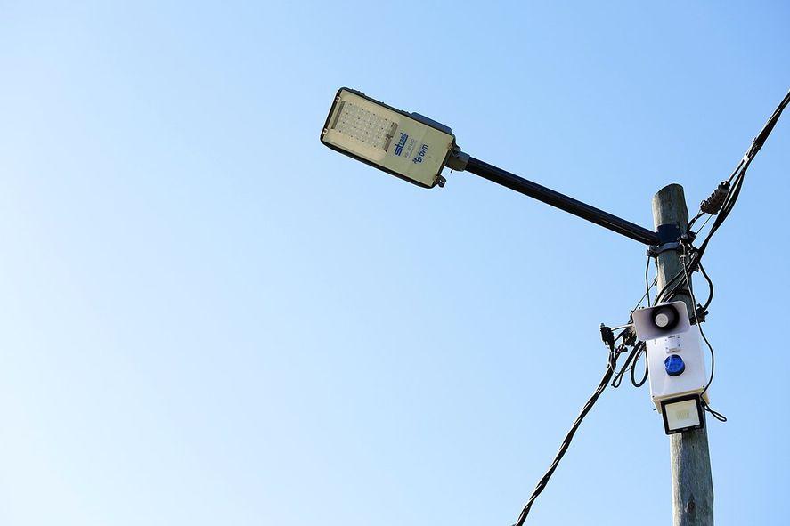 Las alarmas cuentan con reflectores led y sirenas sonoras