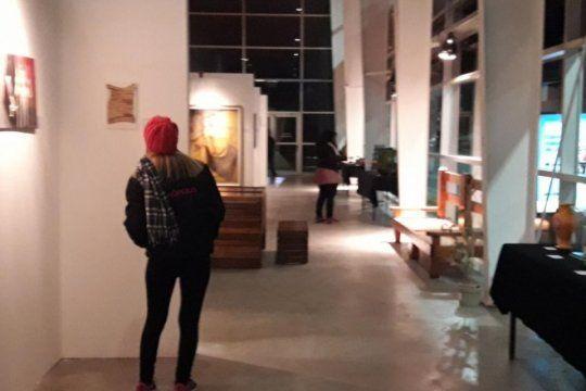 arte desde la carcel: 115 privados de su libertad exponen sus obras en tecnopolis