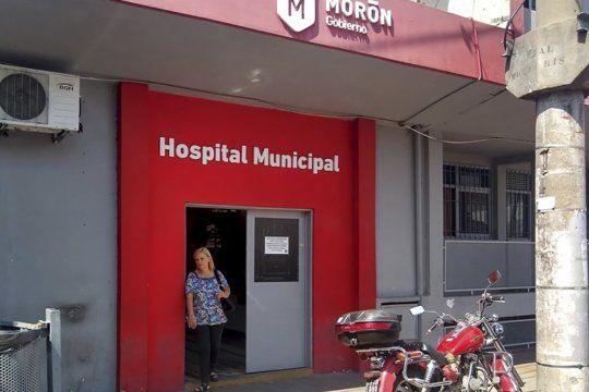 La mujer baleada por los motochorros fue atendida en el Hospital de Morón