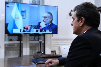 El ministro de Agricultura, Luis, Basterra, mantuvo una reunión virtual con diputados nacionales