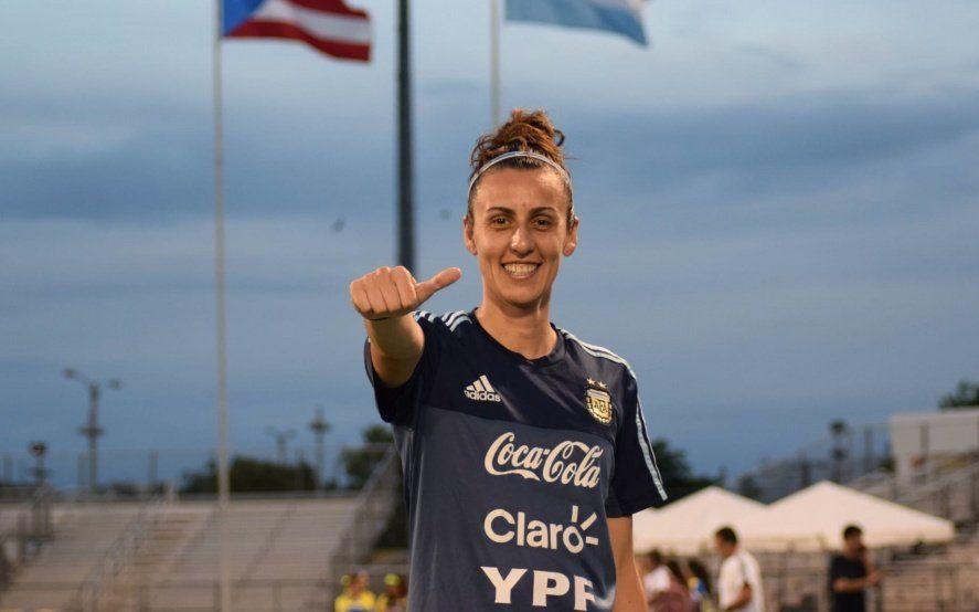 """Belén Potassa entre los reclamos y los haters: """"Cuánto odio al fútbol femenino, tranquilos muchachos"""""""