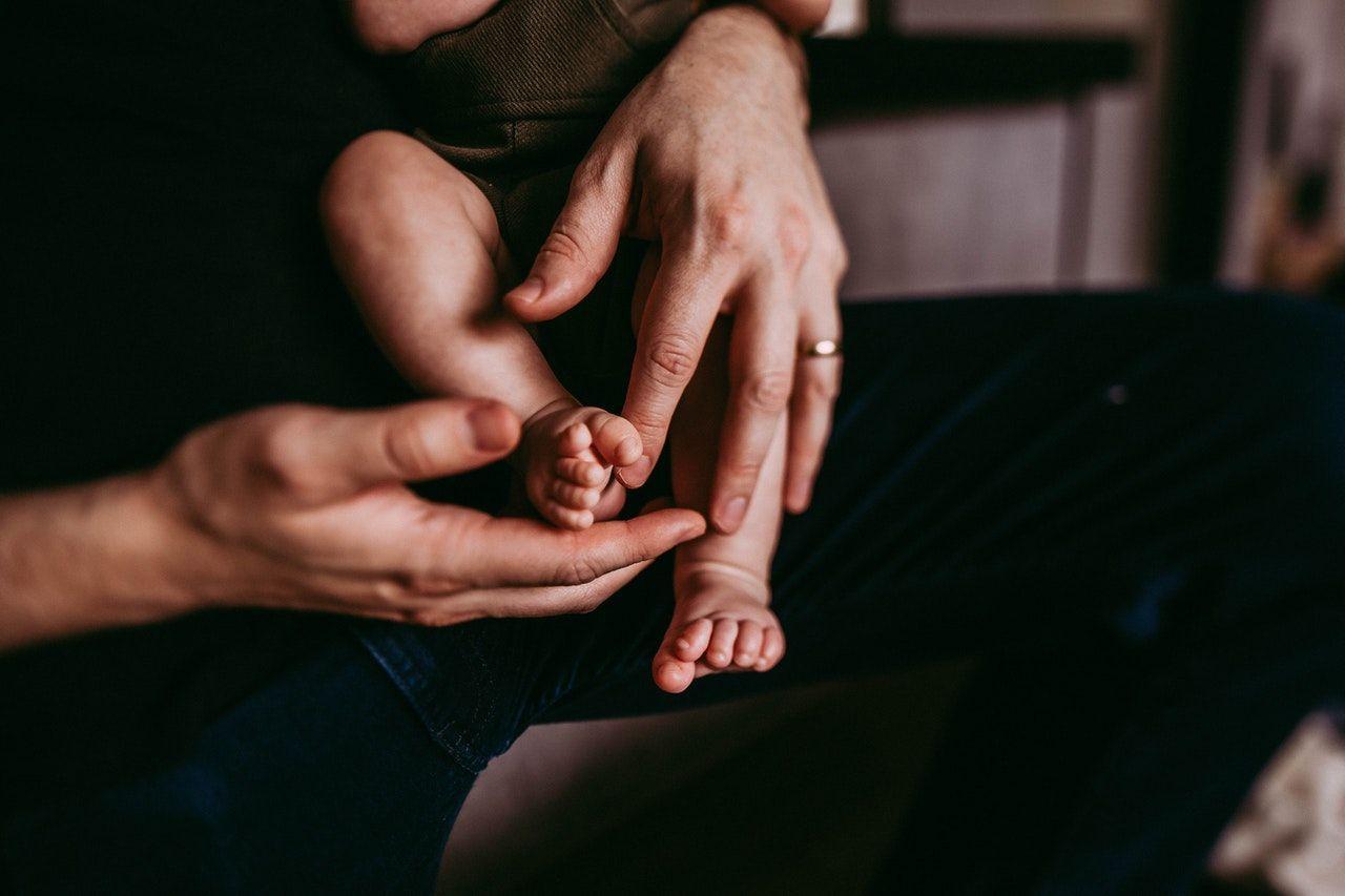 La campaña buscará extender a 30 días la licencia por paternidad