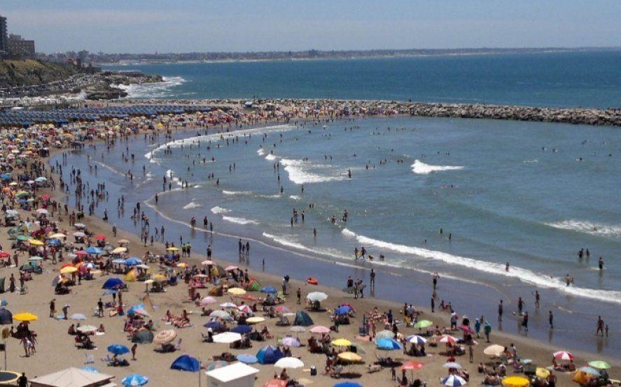 ¡Se enfrió el agua! En Mar del Plata, la temperatura del mar durante enero promedió los 21º