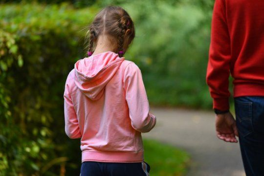 compras en cuarentena: aclaran que los chicos menores de 12 anos pueden acompanar a sus padres