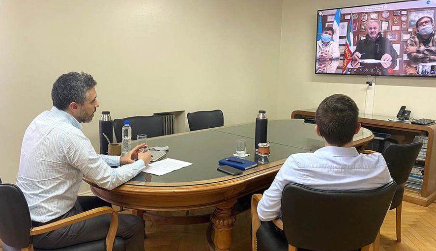 El director de ARBA, Cristian Girard, firmó convenio con el intendente de Ensenada, Mario Secco