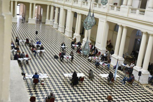 Se cayó la sesión del Concejo Deliberante de La Plata por un caso de coronavirus