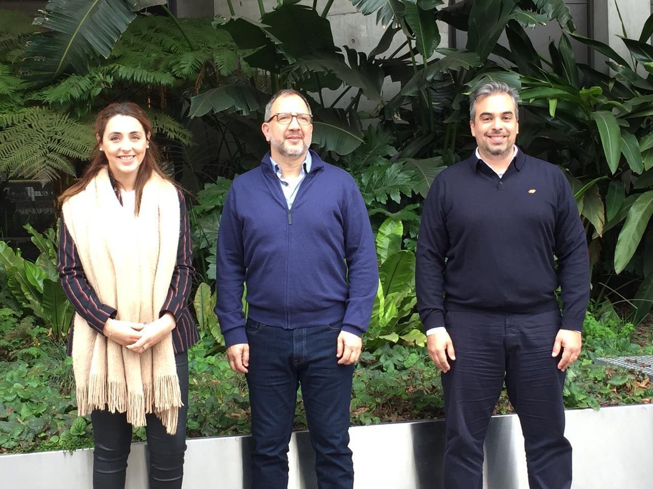 Fabián Perechodnik, Julieta Quintero y Federico Gómez, los tres primeros candidatos de la lista PRO para las elecciones provinciales en La Plata.