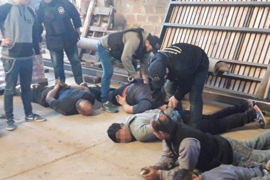 san pedro: detuvieron al chofer del intendente por pertenecer a una banda de piratas del asfalto