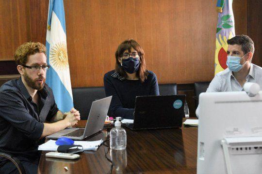 La ministra de Trabajo, Mara Ruiz Malec, mantuvo nuevas paritarias con los estatales