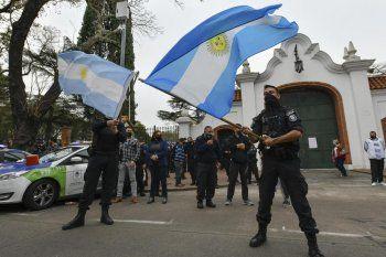 La Justicia decidirá la represalia a los policías que se manifestaron en Olivos y Gobernación.